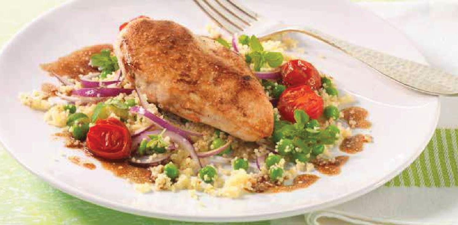 Balzamikové kuře s bazalkovohráškovým kuskusem