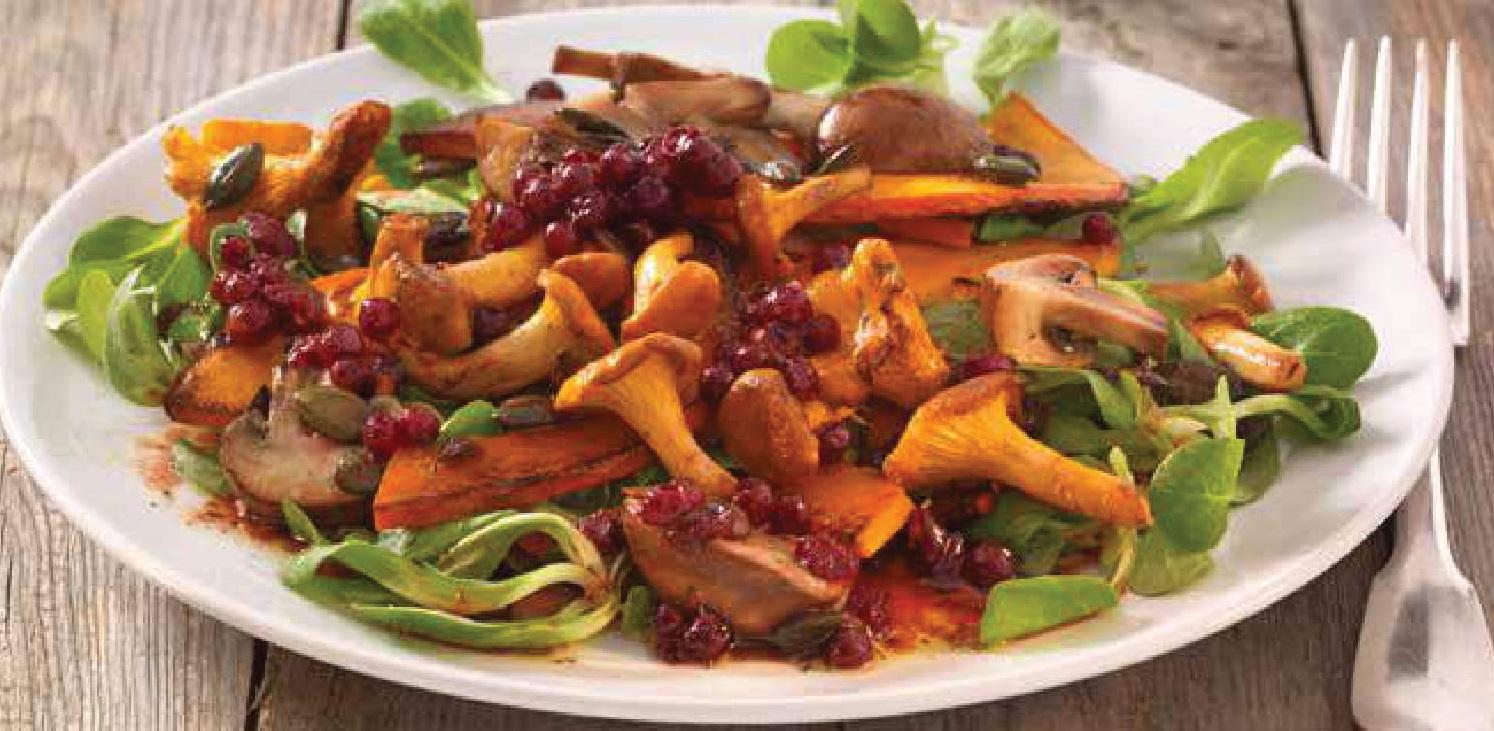 Vlažný dýňový salát s houbami